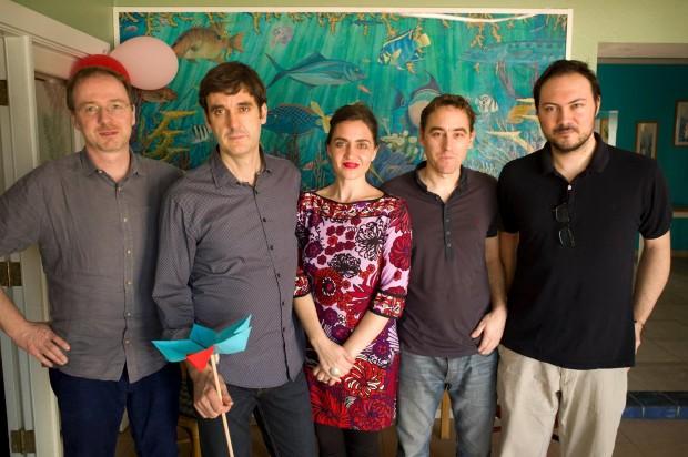 El equipo visitante, de izquierda a derecha: Gareth Doherty, Jose Luis Vallejo, Belinda Tato, Jose María Ortiz y Mariano Gomez