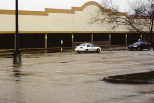 090208_vacant_malls2