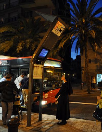 solar_bus_stop