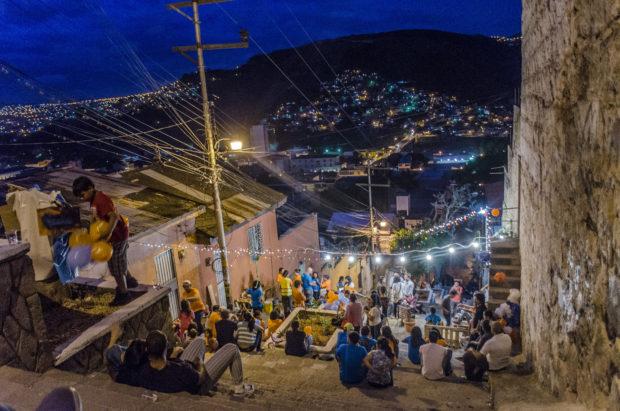 "Socialization along ""Las gradas de la Leona"""