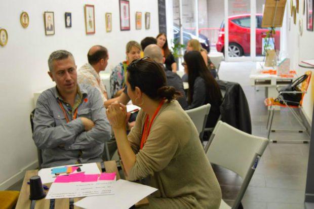 Taller de creatividad de la red Cowopy en Valls (España).