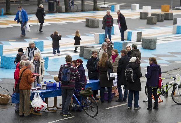 People at Stortorget