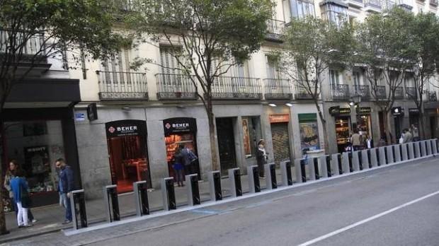 Estación de recarga en la calle Fuencarral - fuente: Bicihome.com