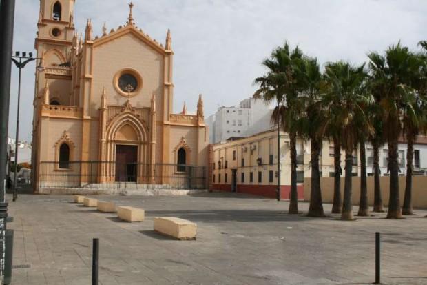 Espacios con falta de diversidad de usos y de vida urbana - Imagen por USER Málaga