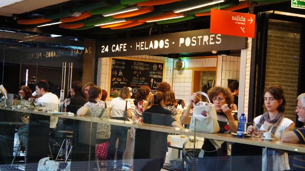 Cafetería - Foto de Yukino Miyazawa - Clic para ver original