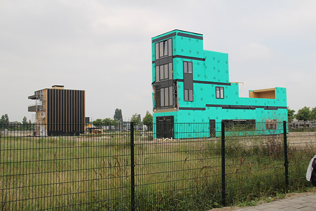 Edificio en Buiksloterham - Imagen por Ivan Tosics