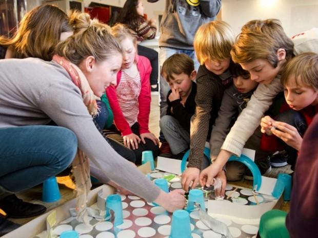 fabschool-kids-bristlebotsrace