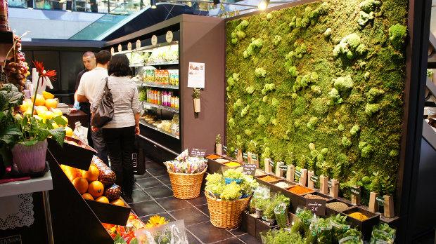 Vista de uno de los puestos - foto por Yukino Miyazawa - clic para ver original