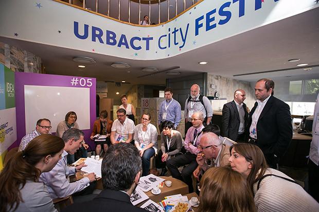Compartiendo experiencias con otras ciudades en el City Festival.