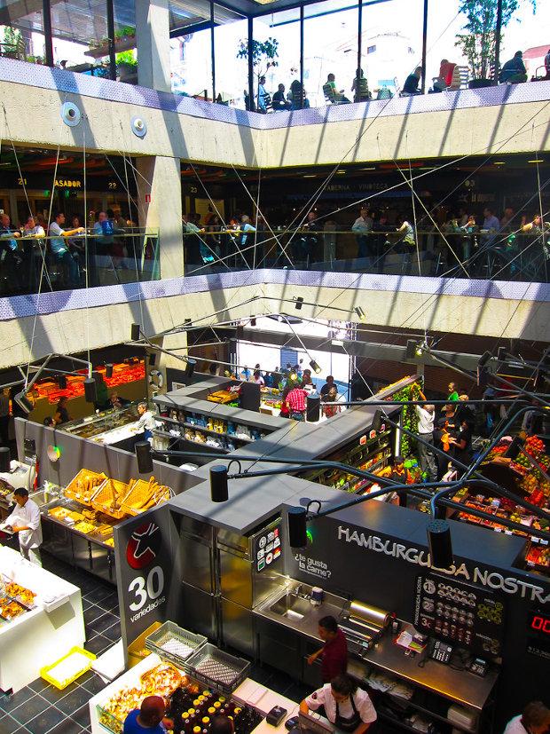 Vista de las tres plantas del mercado - Foto por Laura Tomàs Avellana - clic para ver original