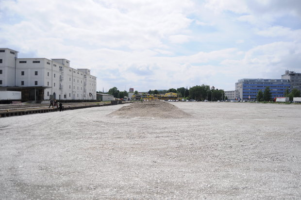 Here comes urban development: filling at one of the docks